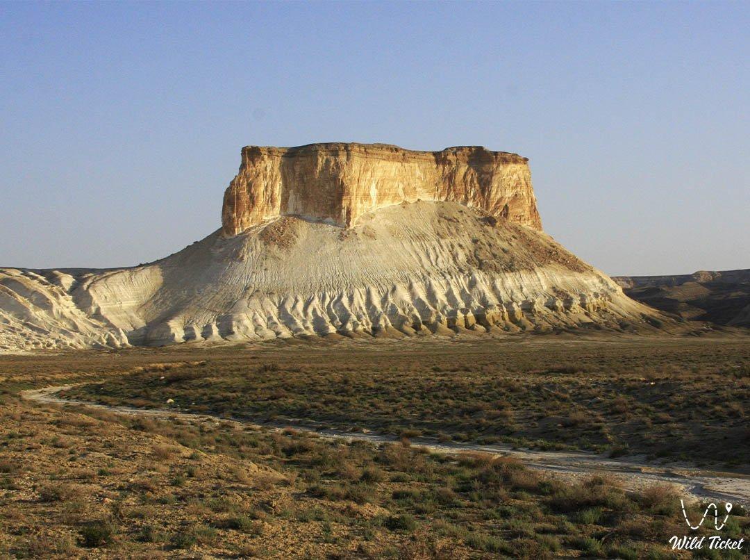Borly Tau mount in Boszhira valley, Mangistau, Kazakhstan.