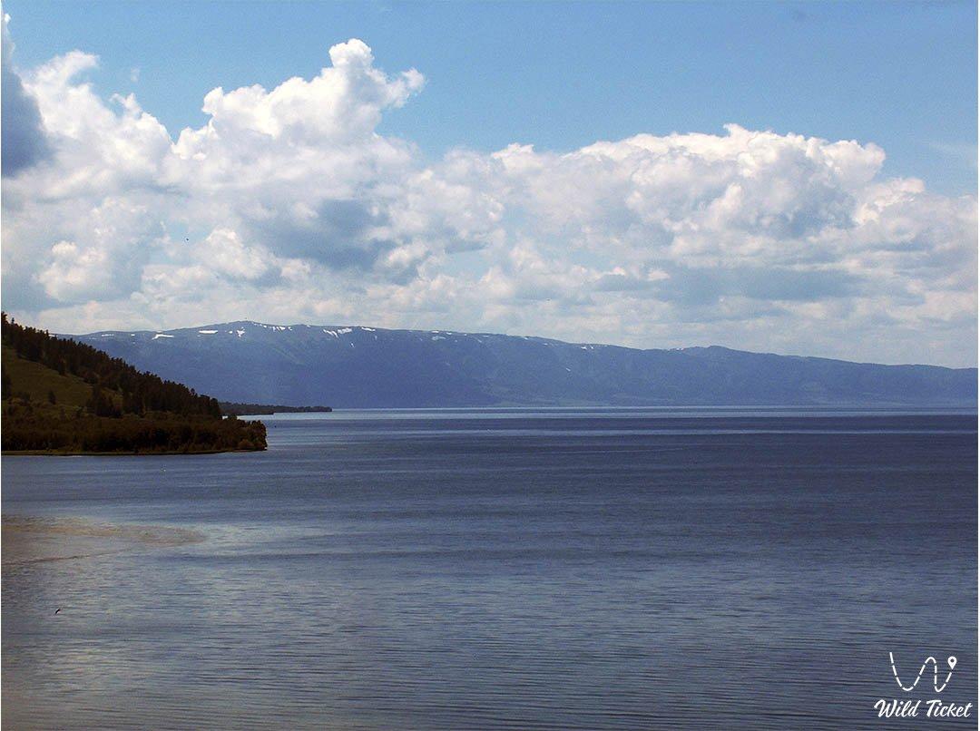 Маркаколь озеро в Алтае, Восточный Казахстан.