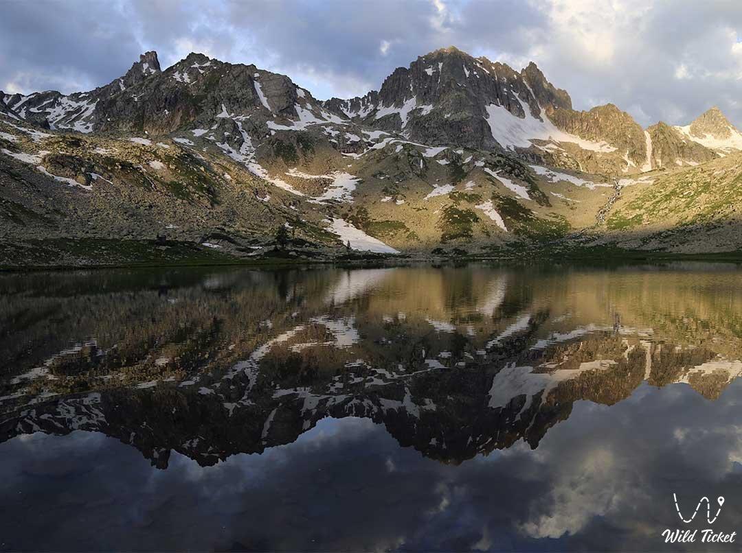 Палевское озеро, горный Алтай, Восточный Казахстан.