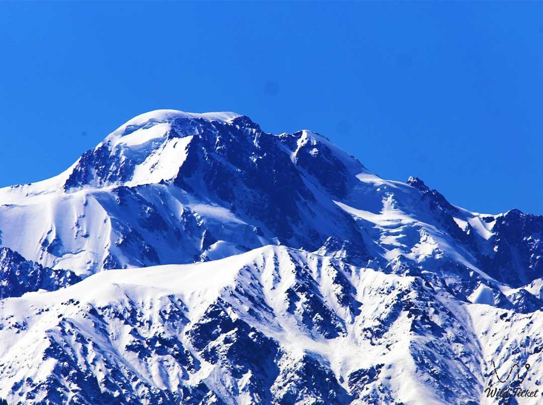 Talgar peak (5017 meters), the upper reaches of the Talgar gorge.