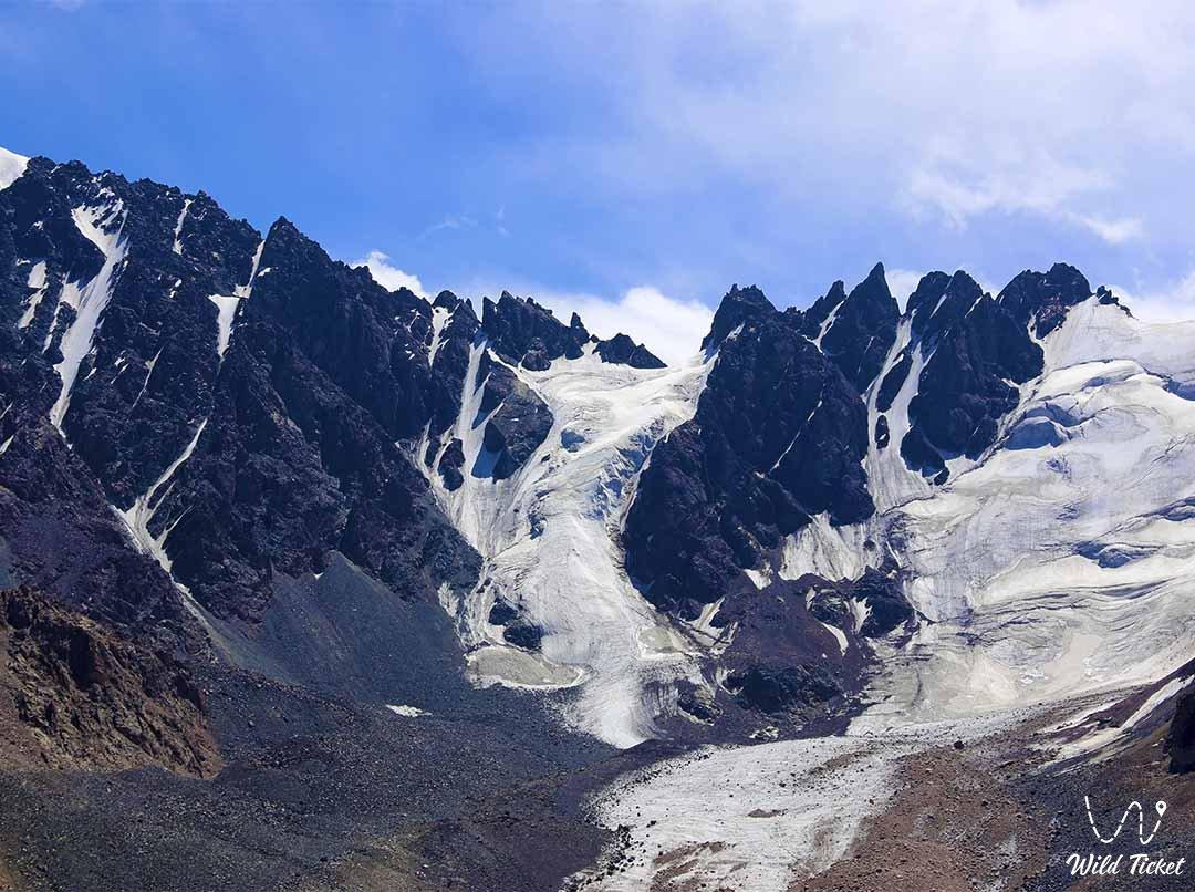 Tuyuksu glacier.